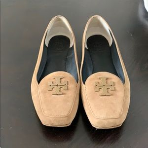 Tory Burch light brown loafers